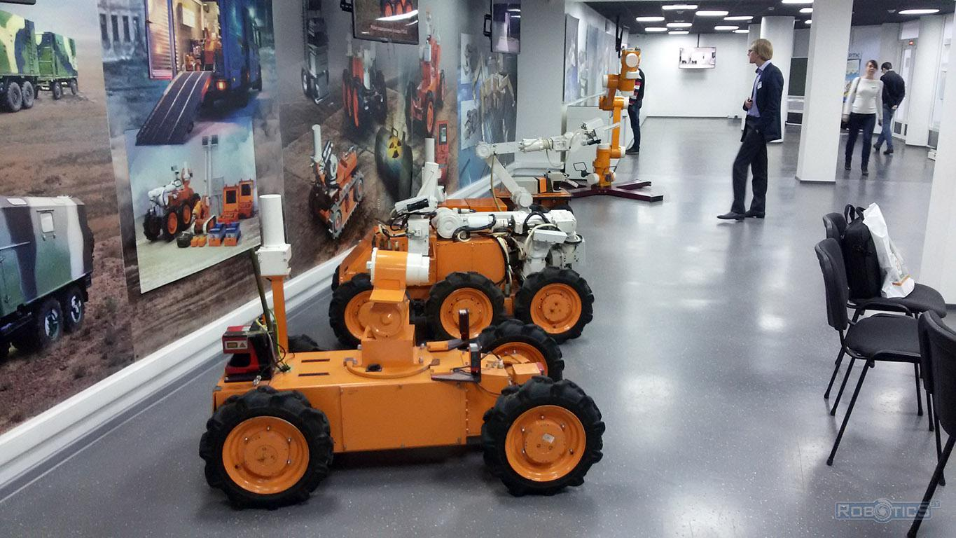 A group of modern robots in the exhibition of the museum CRDI RTC.