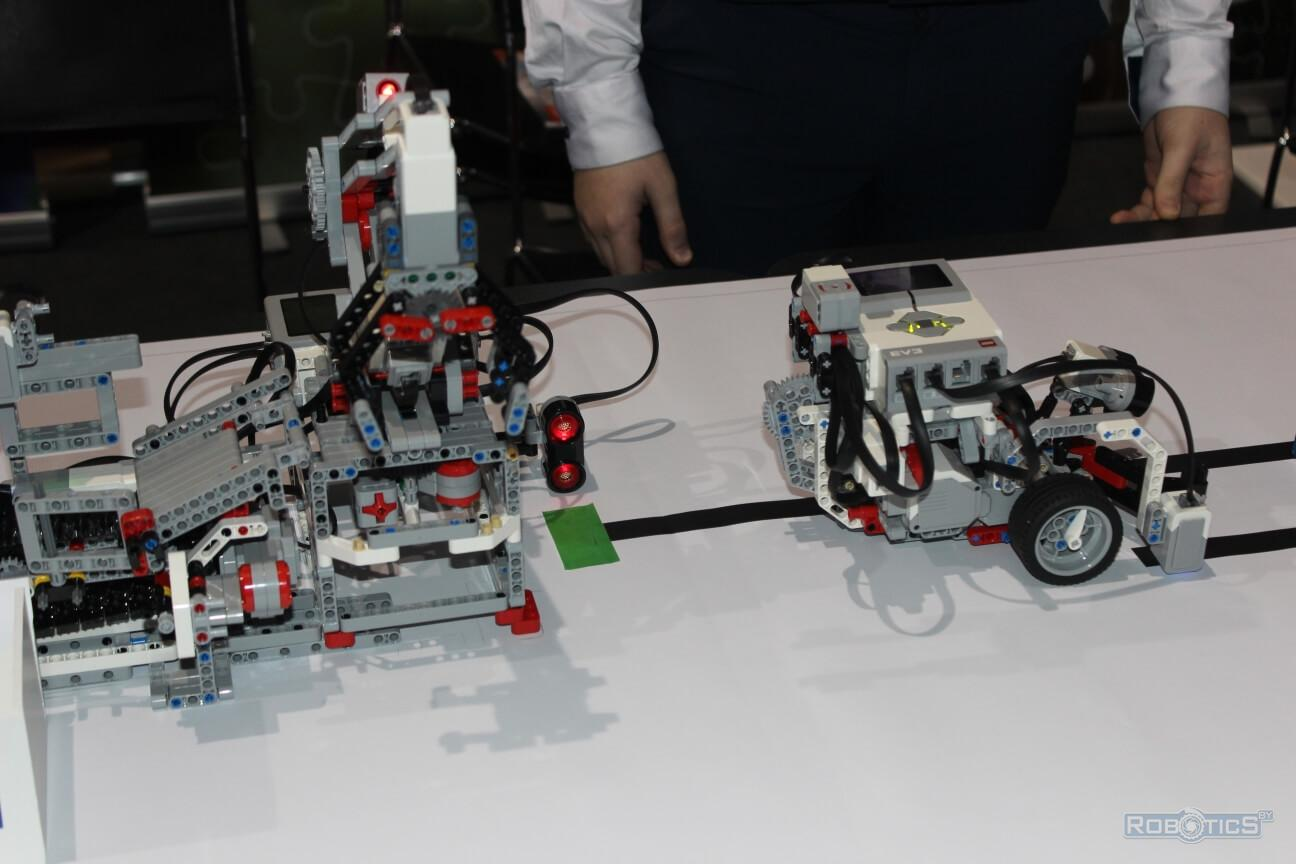 "A mobile robot assembled from a robo-constructor at the ""TIBO-2019"" exhibition"