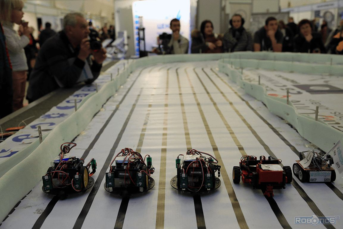 Moment of start the robots (Our robot number 4).