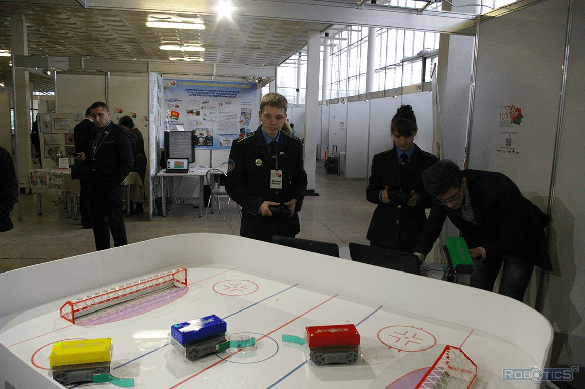 Visitors of the project playing in «Hockey robots».