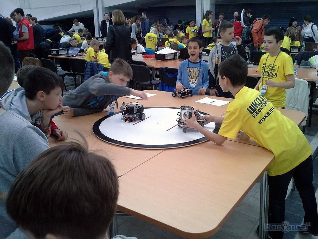 IV Minsk open Robo Tournament - table on competition 'Robo Sumo'.